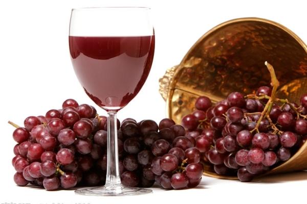 Σπιτικό κρασί της Λυδίας
